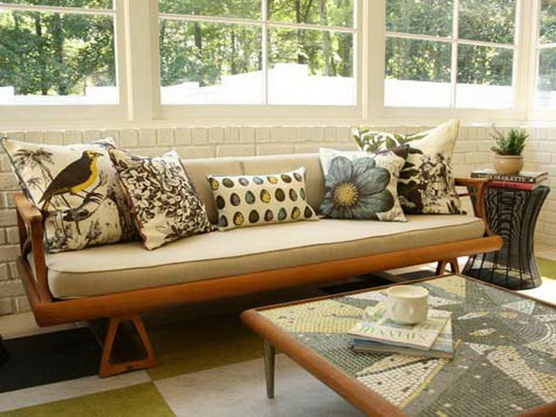 luxury-contemporary-throw-pillows